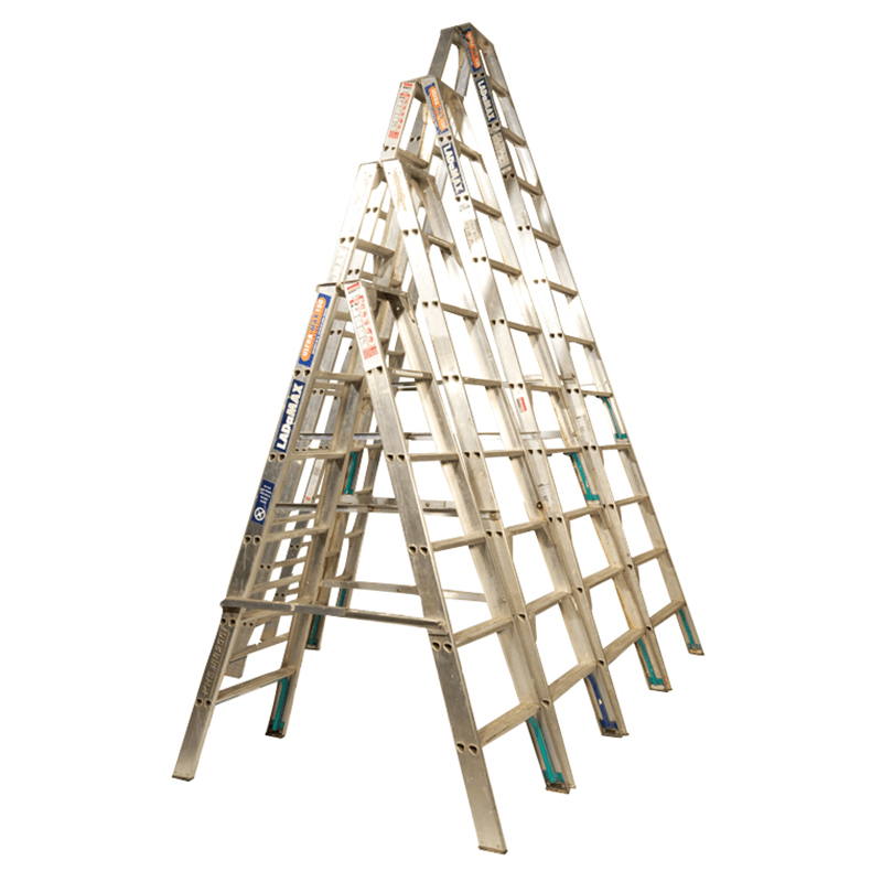 ladder step 4 2m 14ft for rent kennards hire. Black Bedroom Furniture Sets. Home Design Ideas